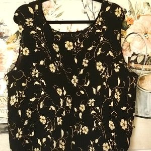 Maggie Barnes Accordion Pleat Black Floral Cami 32